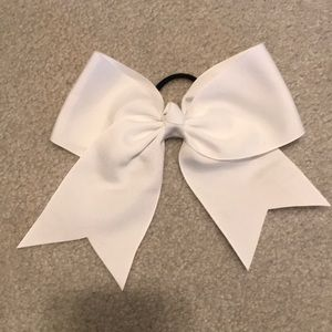 Accessories - White bow hair tie